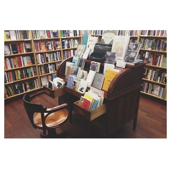 Photo taken at McNally Jackson Books by Ana G. on 8/24/2014