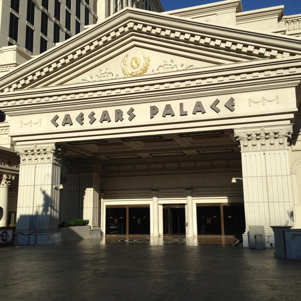 Photo taken at Caesars Palace Hotel & Casino by Maria G. on 5/12/2013