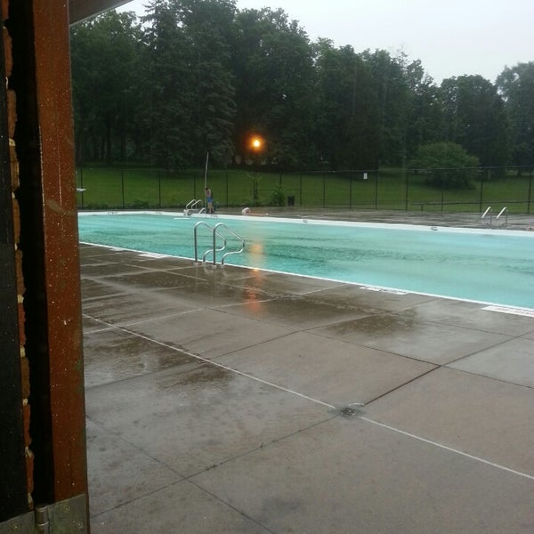 Photo taken at Higher onondaga pool by Valery L. on 7/9/2013