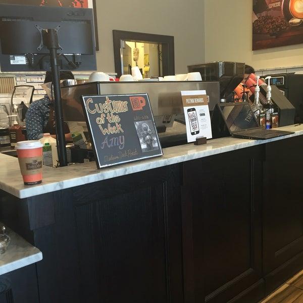 Photo taken at Peet's Coffee & Tea by Oya F. on 6/27/2016