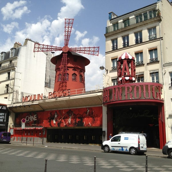 Photo taken at Moulin Rouge by Fabio S. on 8/2/2013