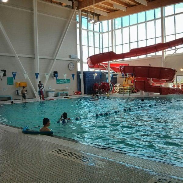 Cassie campbell community centre recreation center in brampton for Community center toronto swimming pool