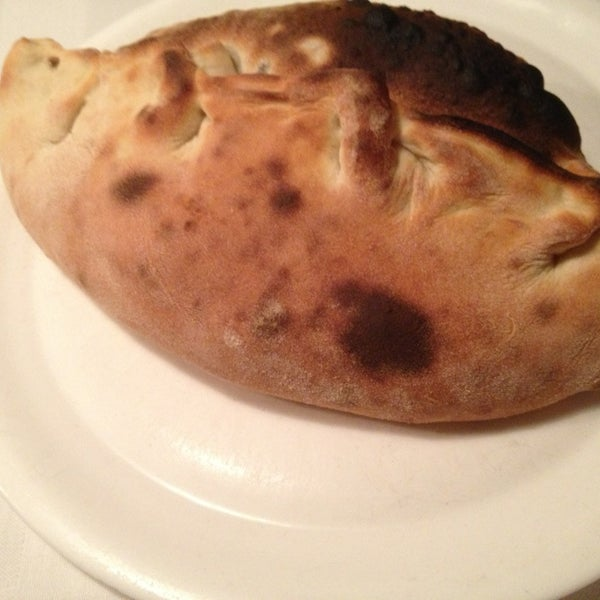 Photo taken at Karalis Pizzeria by Licette C. on 5/15/2013