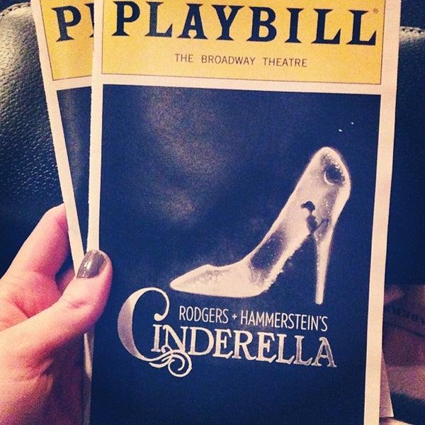 1/31/2013にJenny S.がBroadway Theatreで撮った写真
