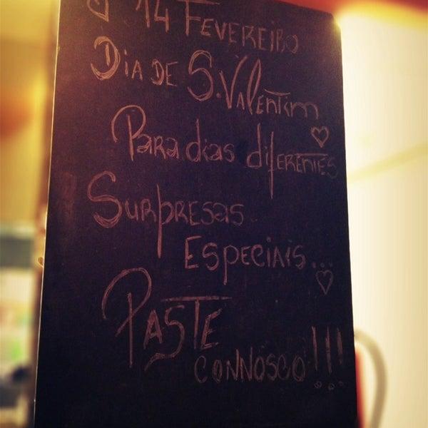 Foto tirada no(a) Casa de Pasto das Carvalheiras por Isabelinha C. em 2/12/2014