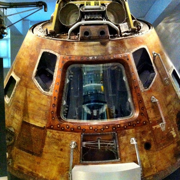 Photo taken at Science Museum by Jonata D. on 1/28/2013
