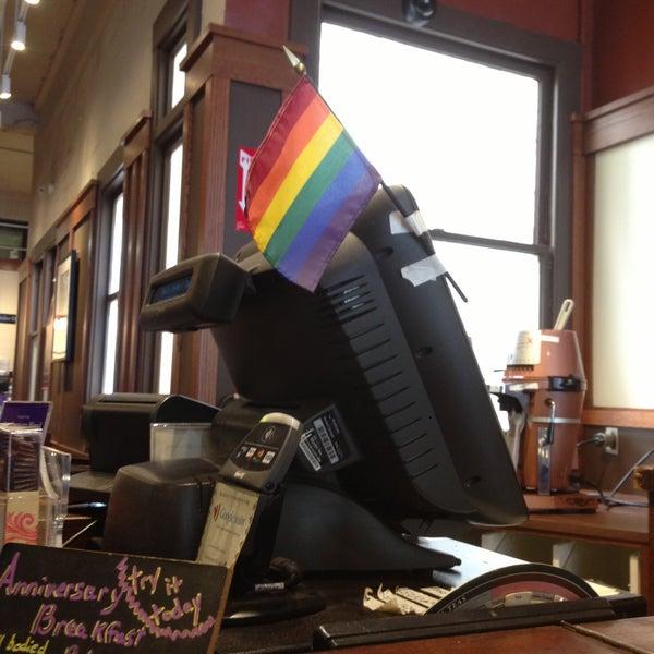 Photo taken at Peet's Coffee & Tea by Billy L. on 4/16/2013