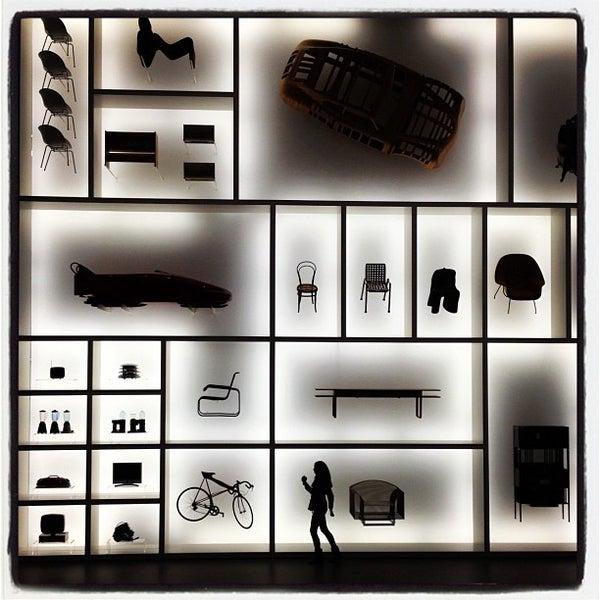 Photo taken at Pinakothek der Moderne by Philipp on 10/7/2012