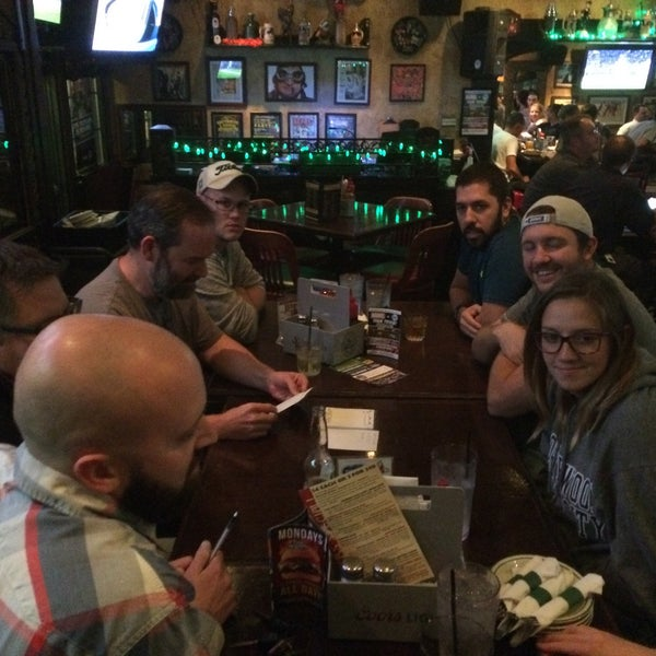 Photo taken at Finn McCool's Irish Sports Pub by Eric L. on 9/22/2016