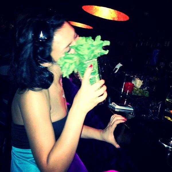 7/4/2013에 Люсенька П.님이 Kalina Bar에서 찍은 사진