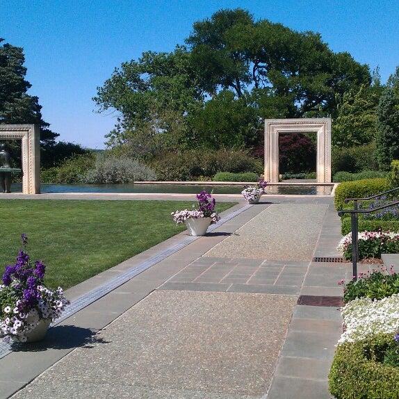 Foto tirada no(a) Dallas Arboretum and Botanical Garden por Roswell D. em 5/4/2013