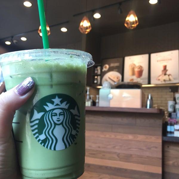 Photo taken at Starbucks by Wethaka L. on 2/13/2017