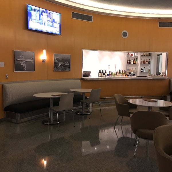 Photo taken at United Club by Jay W. on 3/8/2017