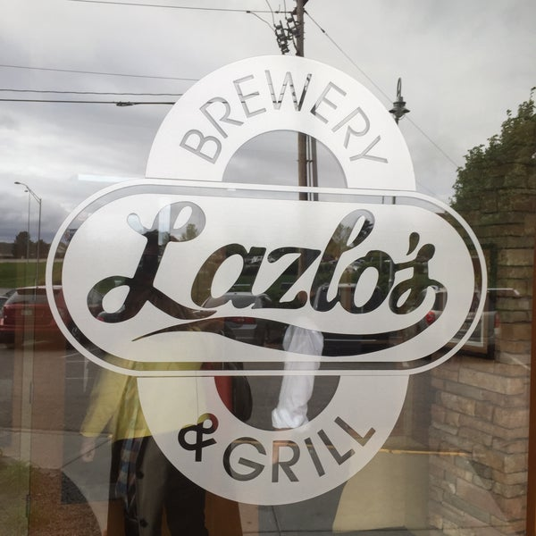 Photo taken at Lazlo's Brewery & Grill by Jay W. on 4/27/2016
