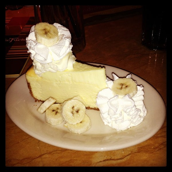 Photo taken at The Cheesecake Factory by Stef R. on 8/20/2013