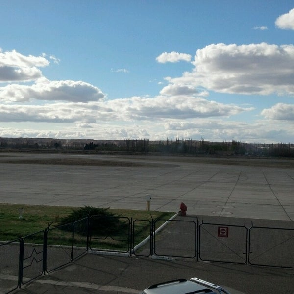 Foto tomada en Aeropuerto Internacional del Neuquén - Presidente Juan D. Perón (NQN) por Mariela G. el 9/16/2013