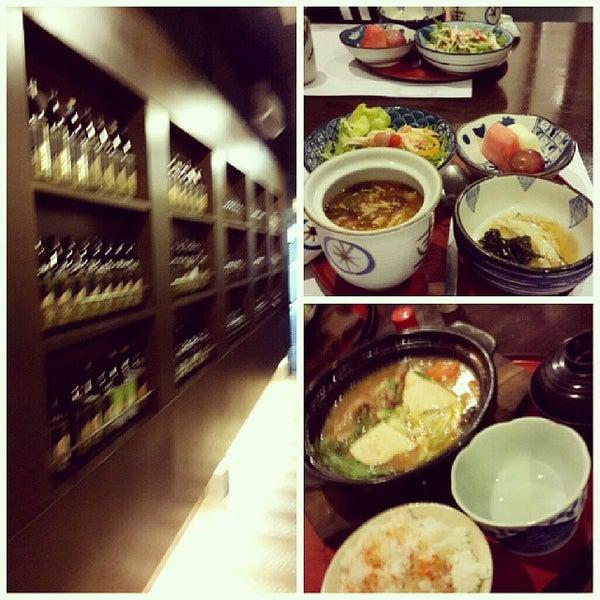 Photo taken at Hyotan Japanese Restaurant by Calvin C. on 10/21/2013