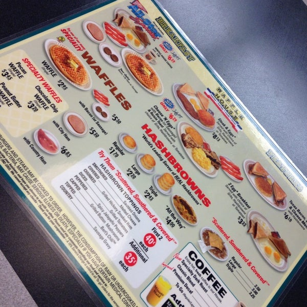 Photo taken at Waffle House by Carlton T. on 10/25/2013