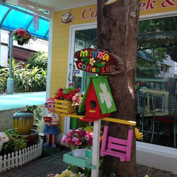 6/16/2013에 Puntanan J.님이 Coffee lek& Cake에서 찍은 사진