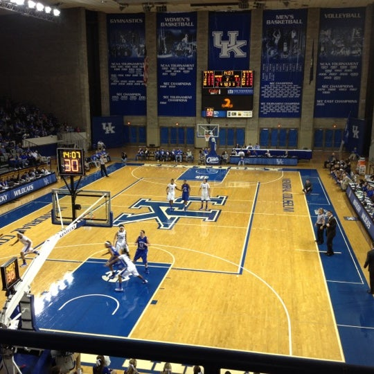 Photo taken at Memorial Coliseum by Brad P. on 12/9/2012