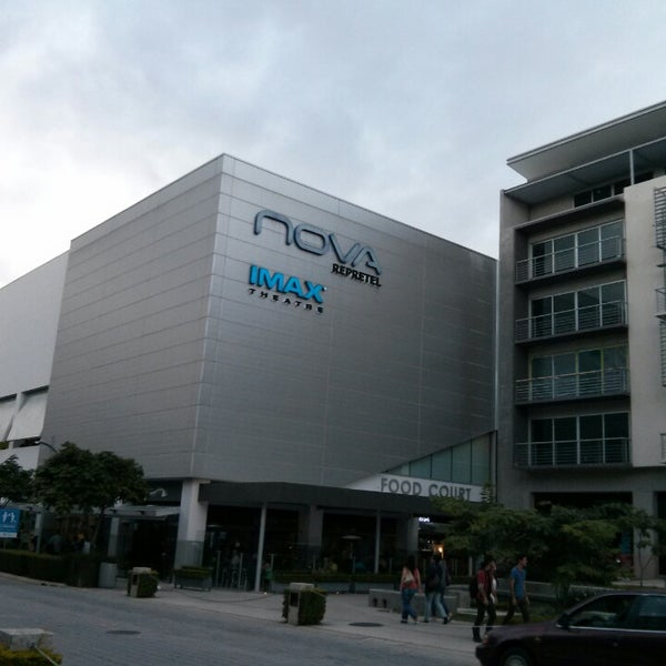 Photo taken at Nova Cinemas by Ka A. on 7/14/2013