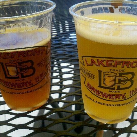Photo prise au Lakefront Brewery par Becki B. le9/10/2011