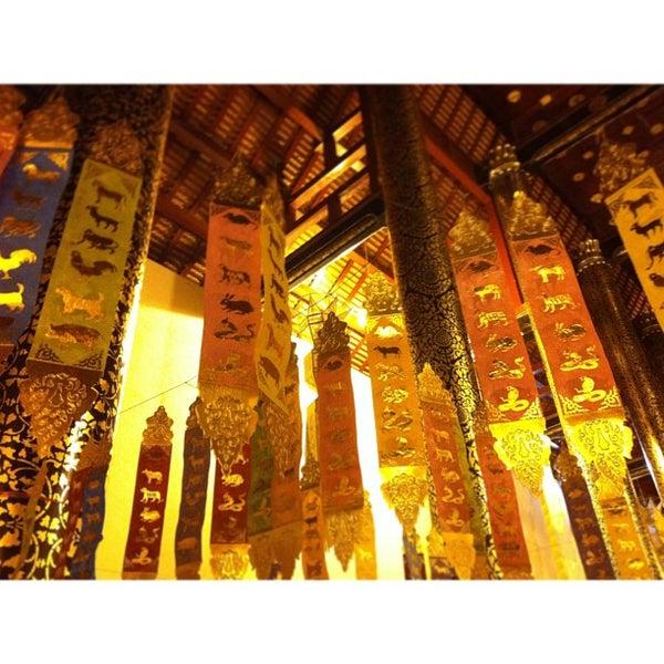 Photo taken at Wat Chedi Luang Varavihara by Twononaka S. on 7/22/2013