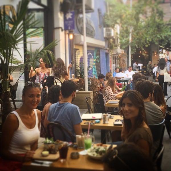 Снимок сделан в Pim Karaköy пользователем Zeynep Ş. 9/6/2015
