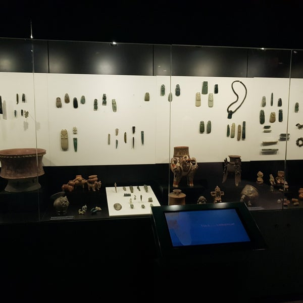 Photo taken at Museo de Jade by Anthony Á. on 4/8/2018