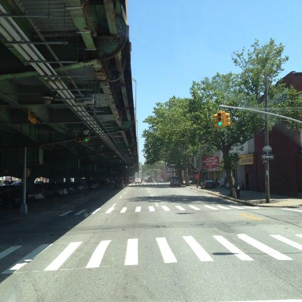 Photo taken at Hamilton Avenue Bridge by Abdullah TA1AB P. on 6/20/2013