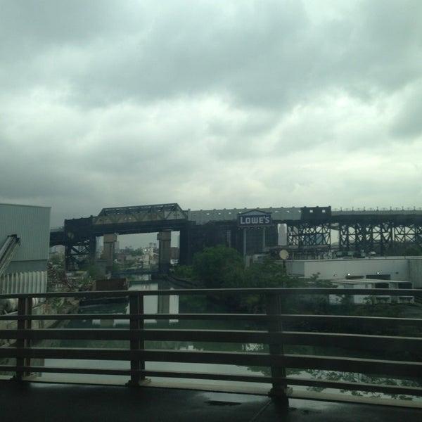 Photo taken at Hamilton Avenue Bridge by Abdullah TA1AB P. on 5/24/2013