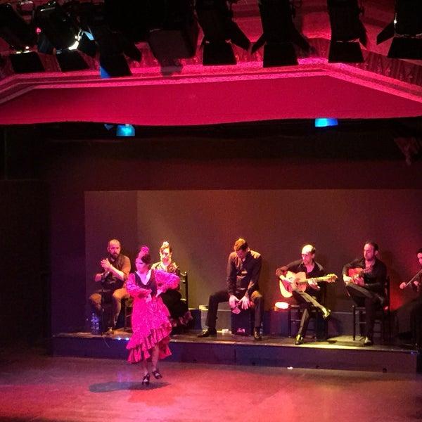 Чудесное выступление артистов и 🕺 💃танцоров фламенко 😘😍💋👍