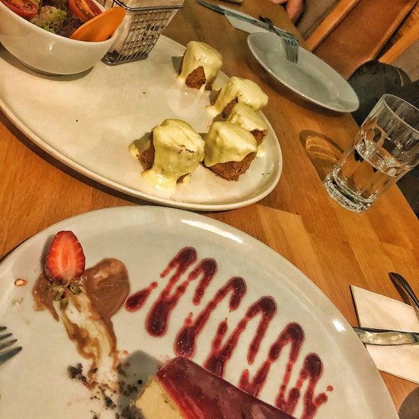 10/5/2018 tarihinde Medine B.ziyaretçi tarafından All Eatalian ( Pizza - Bakery - Breakfast )'de çekilen fotoğraf