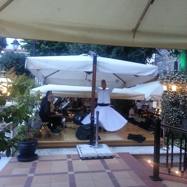 6/18/2017 tarihinde Rüya Y.ziyaretçi tarafından Mihri Restaurant & Cafe'de çekilen fotoğraf