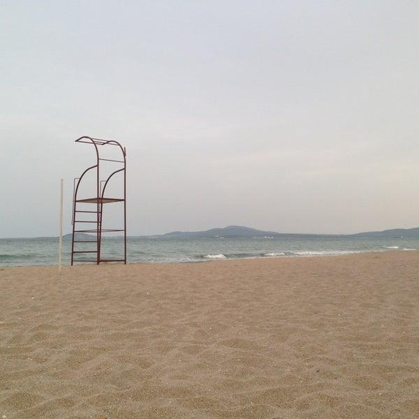 Foto scattata a Централен Плаж Бургас (Burgas Central Beach) da Milla G. il 5/20/2013