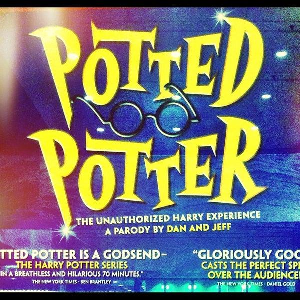 Снимок сделан в Broadway Playhouse пользователем Arjun D. 11/15/2012