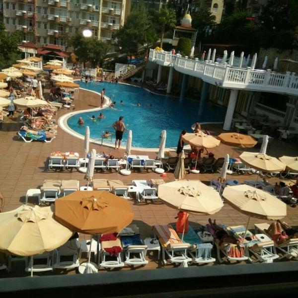 9/15/2016 tarihinde Ersin S.ziyaretçi tarafından Club Paradiso Hotel & Resort'de çekilen fotoğraf
