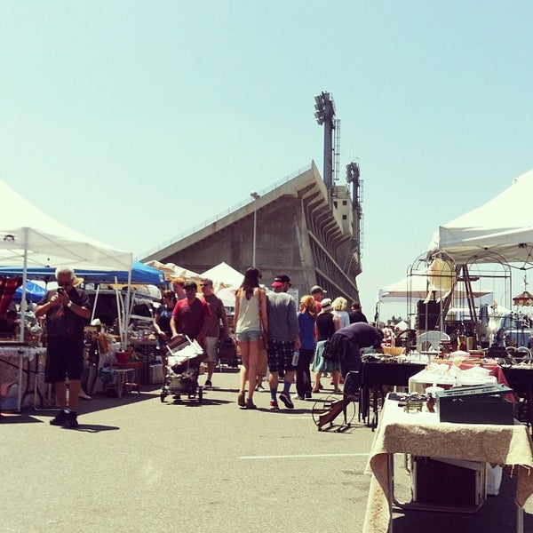 Long Beach Antique Flea Market Long Beach Ca