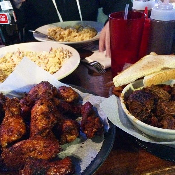Photo taken at Momma's Mustard, Pickles, & BBQ by Joe C. on 3/27/2015