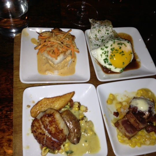 Photo taken at The Tavern Kitchen & Bar by Lyena S. on 11/24/2012