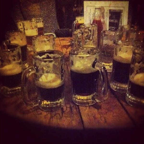 Photo prise au McSorley's Old Ale House par Edgar G. le11/24/2012