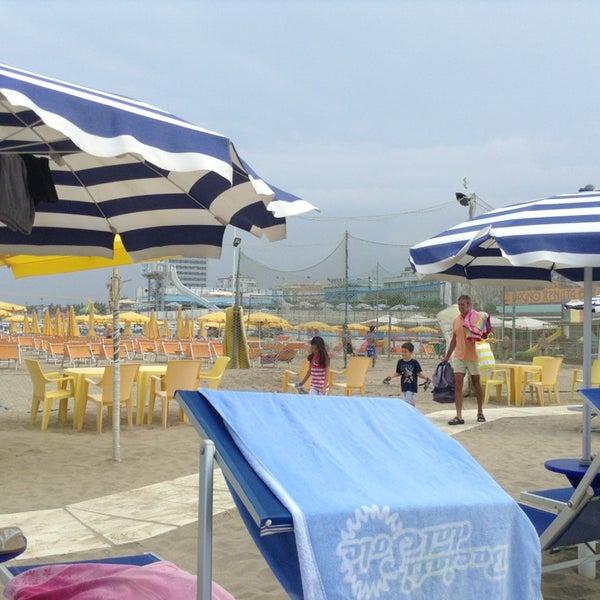 Foto scattata a Bagno Adriatico 62 da Mauro M. il 7/12/2013