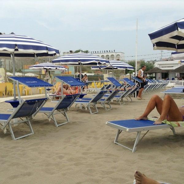 Foto scattata a Bagno Adriatico 62 da Mauro M. il 7/13/2013