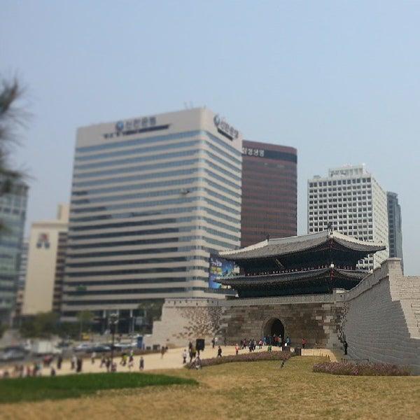 Photo taken at Sungnyemun by Donghoon W. on 5/7/2013
