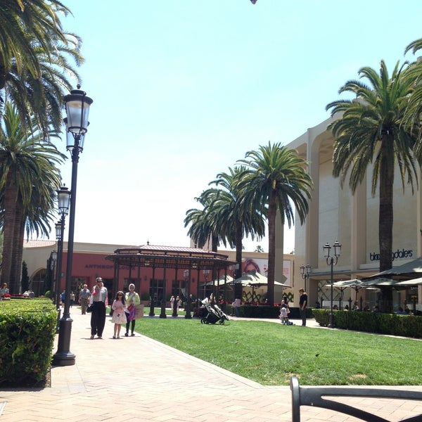 Photo taken at Fashion Island by Fahad A. on 6/14/2013