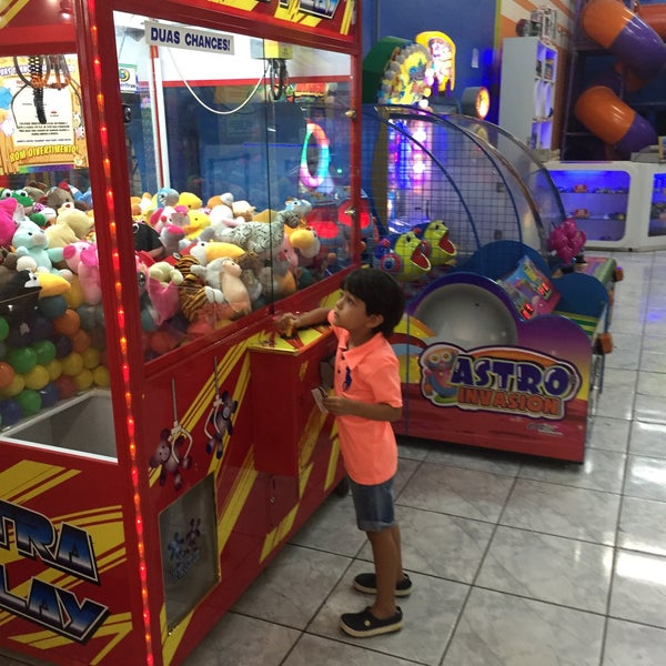 photos at playzone park games