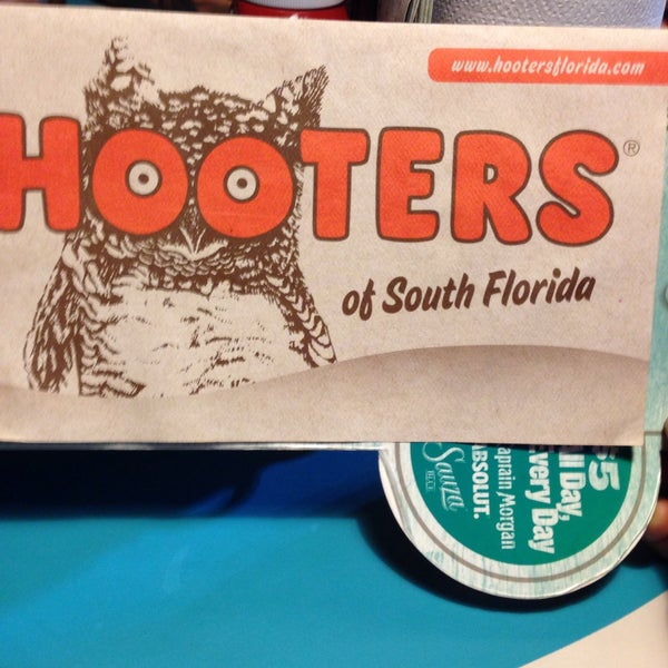 Photo taken at Hooters by Luis R P. on 9/4/2015