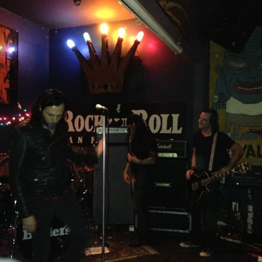 Photo taken at Bender's Bar & Grill by Rob B. on 12/16/2012