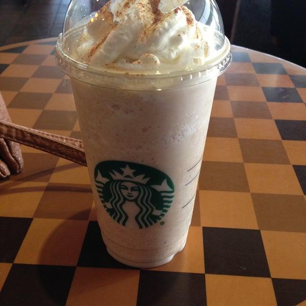Photo taken at Starbucks by Aly B. on 7/30/2013
