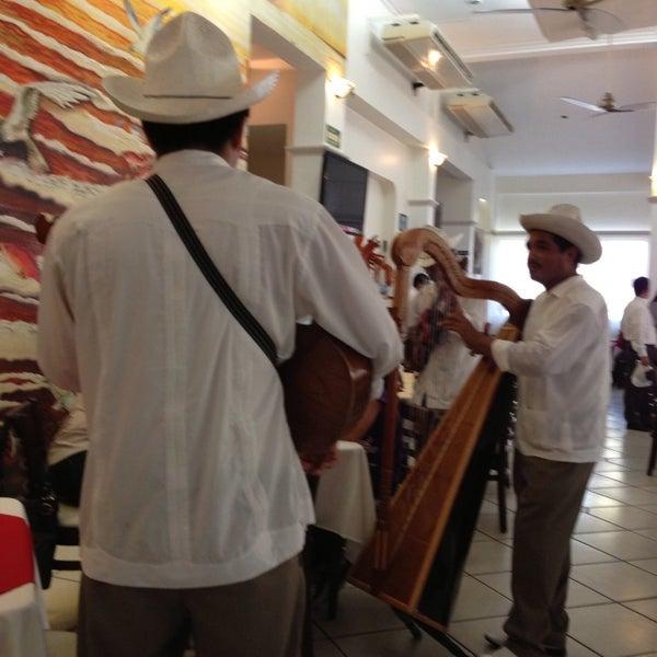 Photo taken at Restaurante Hnos. Hidalgo Carrion by Carlos Alberto U. on 6/25/2013